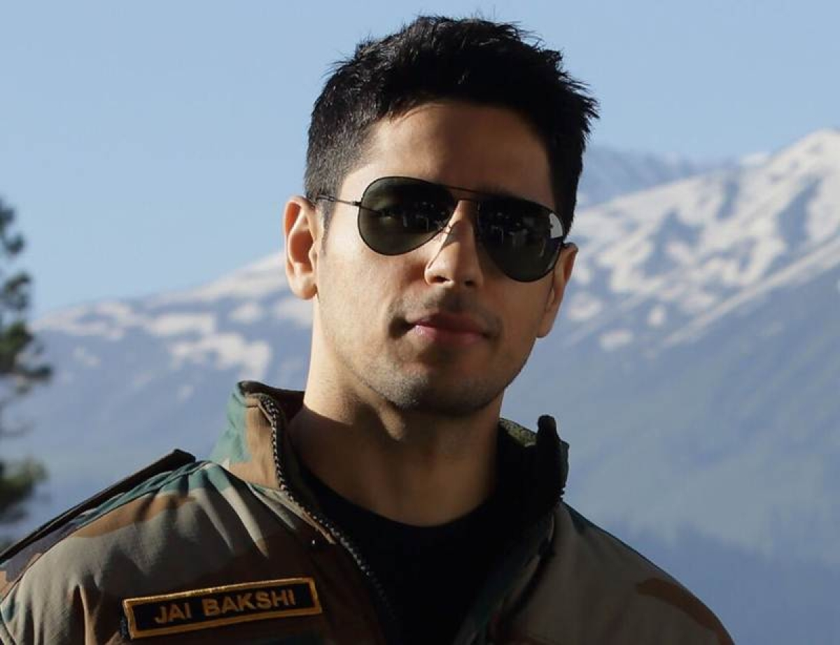 Manoj Tiwari says FIR will be filed against Aiyaary actor Sidharth Malhotra; read to know why