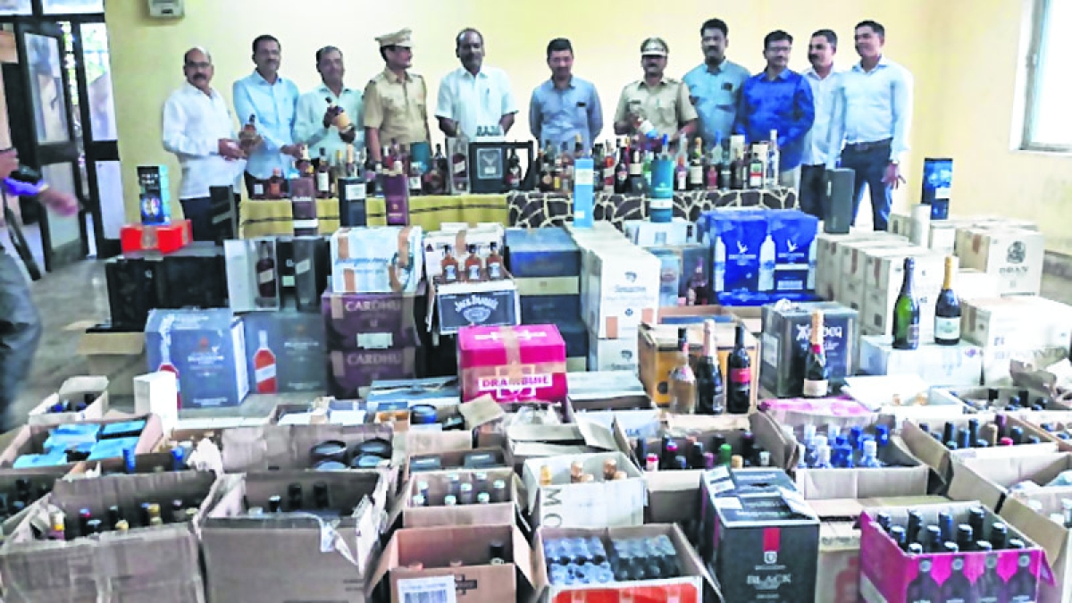 Mumbai: In its biggest raid ever, state excise department seizes foreign liquor worth Rs 2 crores from Khar