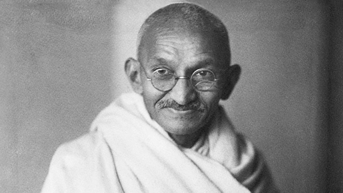 Bapu's letter thanking British lord for birthday wishes up for auction