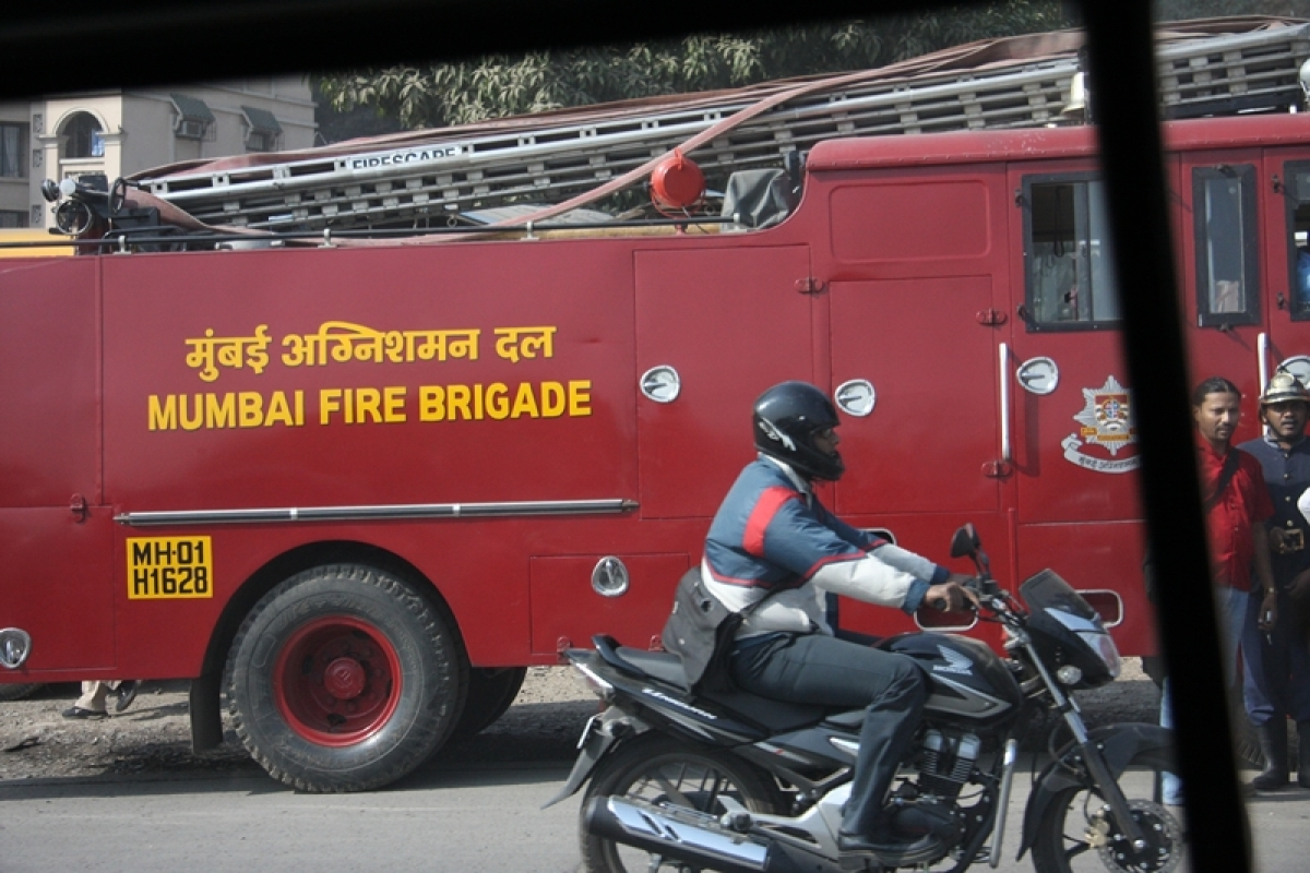 Mumbai: Fire brigade receive 50 calls of mishaps due to bursting of crackers during Diwali