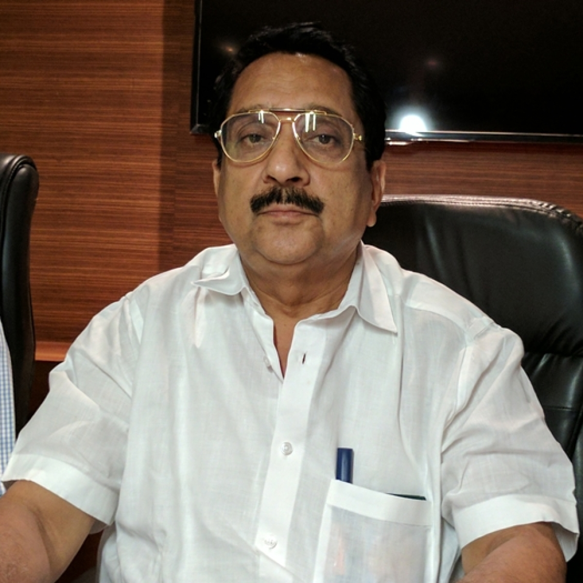 BJPMLA Raj Purohit wants separate Mumbai cabinet rank minister