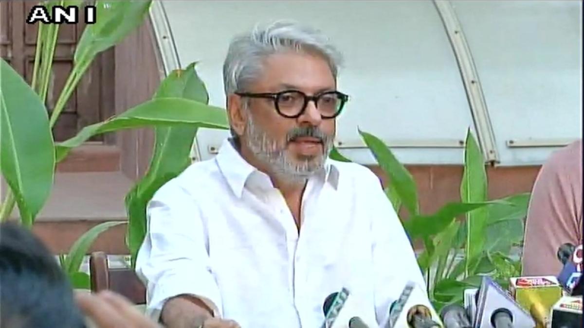 Sanjay Leela Bhansali 'thanks' Akshay Kumar for averting PadMan-Padmaavat clash