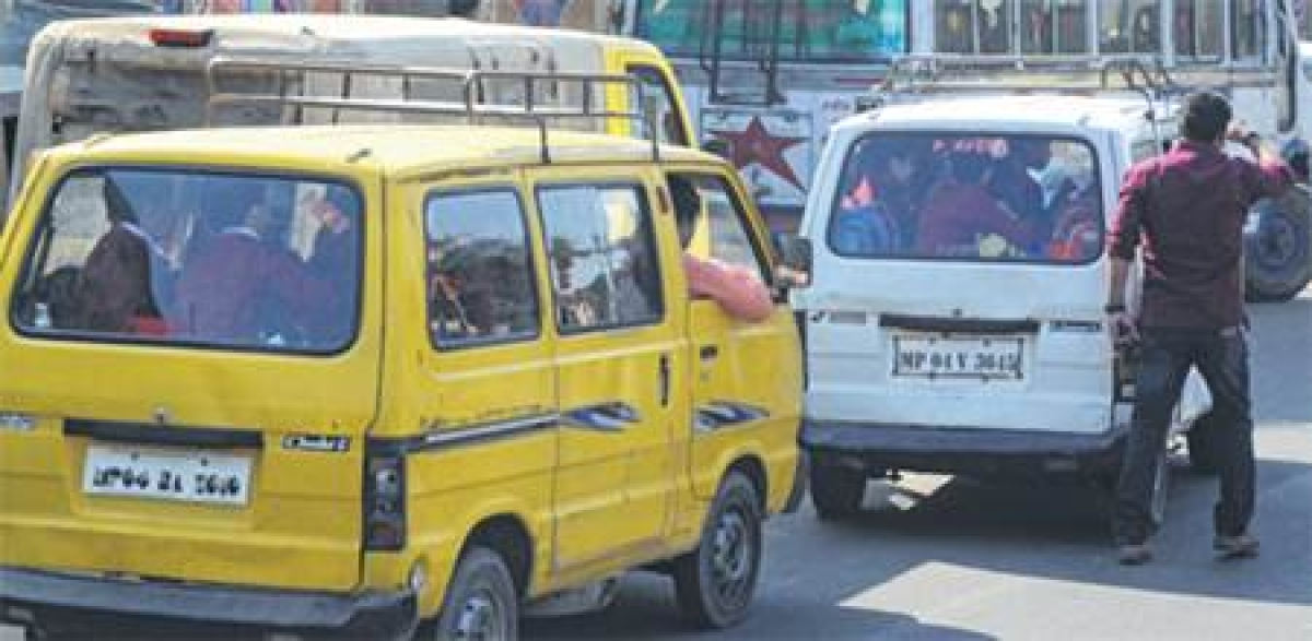 Bhopal: School-college bus, vans, autos off roads from today