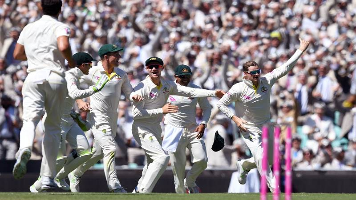 Ashes 2017-18: Tail wags as England all out for 346 in Sydney Test