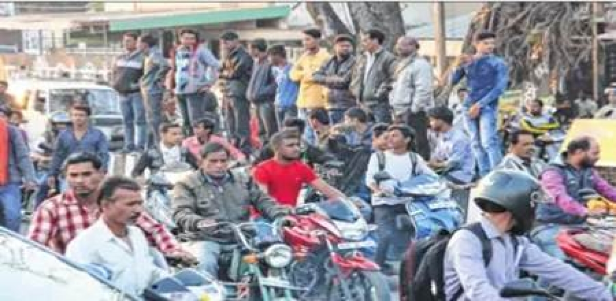 Indore: Craven admn, police fail to stop protesters over Padmaavat