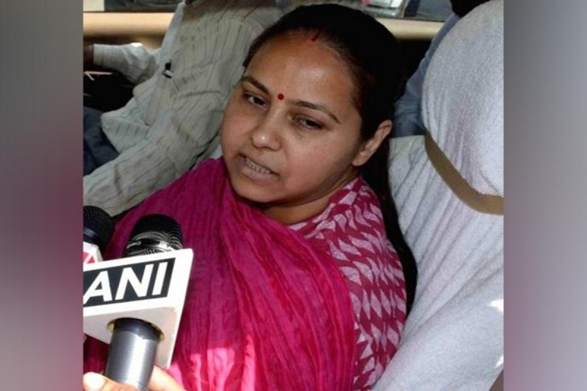 Lalu's daughter Misa Bharti, husband granted bail in money laundering case