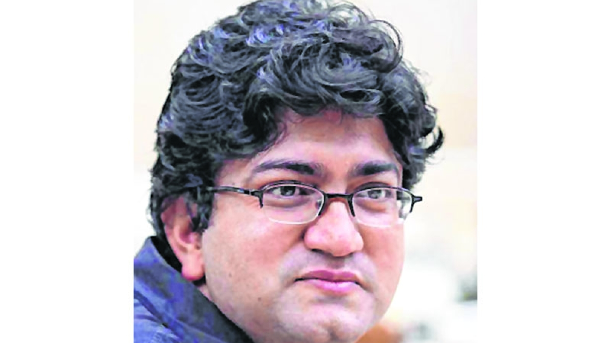 Important to discuss Netflix content: Prasoon Joshi