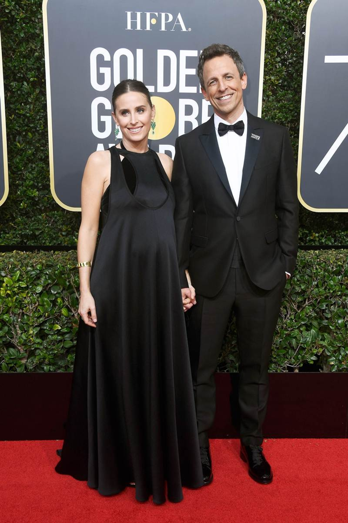 Seth Meyers opens Golden Globe by mocking Trump, tackling sexual harassment scandal