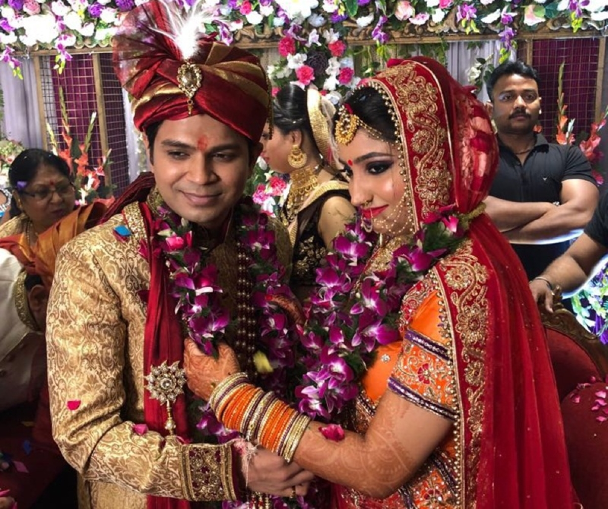 Singer Ankit Tiwari marries Pallavi Shukla in Kanpur, shares 'lovely' message; [wedding photos]