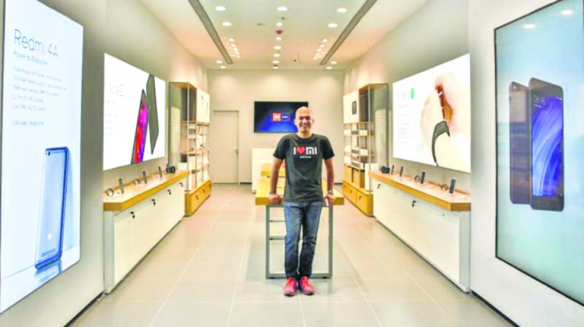 Can offline expansion bring growth for smartphones in India?