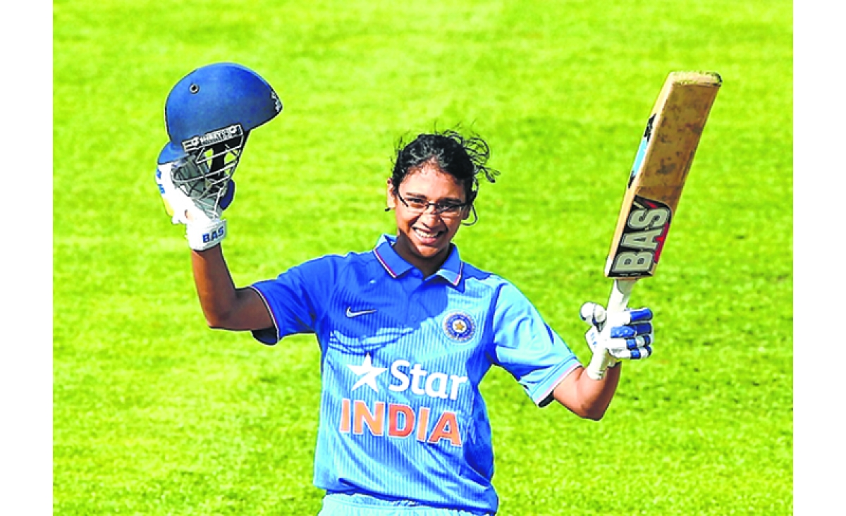 Smriti stars in India's huge win over S. Africa in women's 2nd ODI