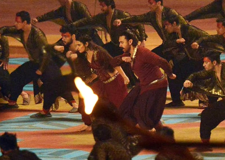LEAKED! Aamir Khan and Fatima Sana Shaikh don traditional avatars for Thugs of Hindostan title track shoot