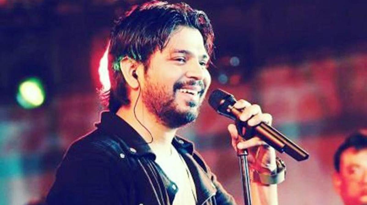'Aashiqui 2' fame singer Ankit Tiwari all set to get married; full wedding details