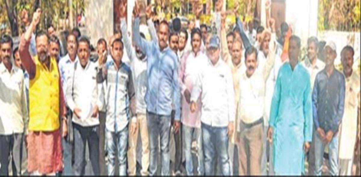 Ujjain: Farmers demand inclusion of garlic, potato in Bhawantar scheme
