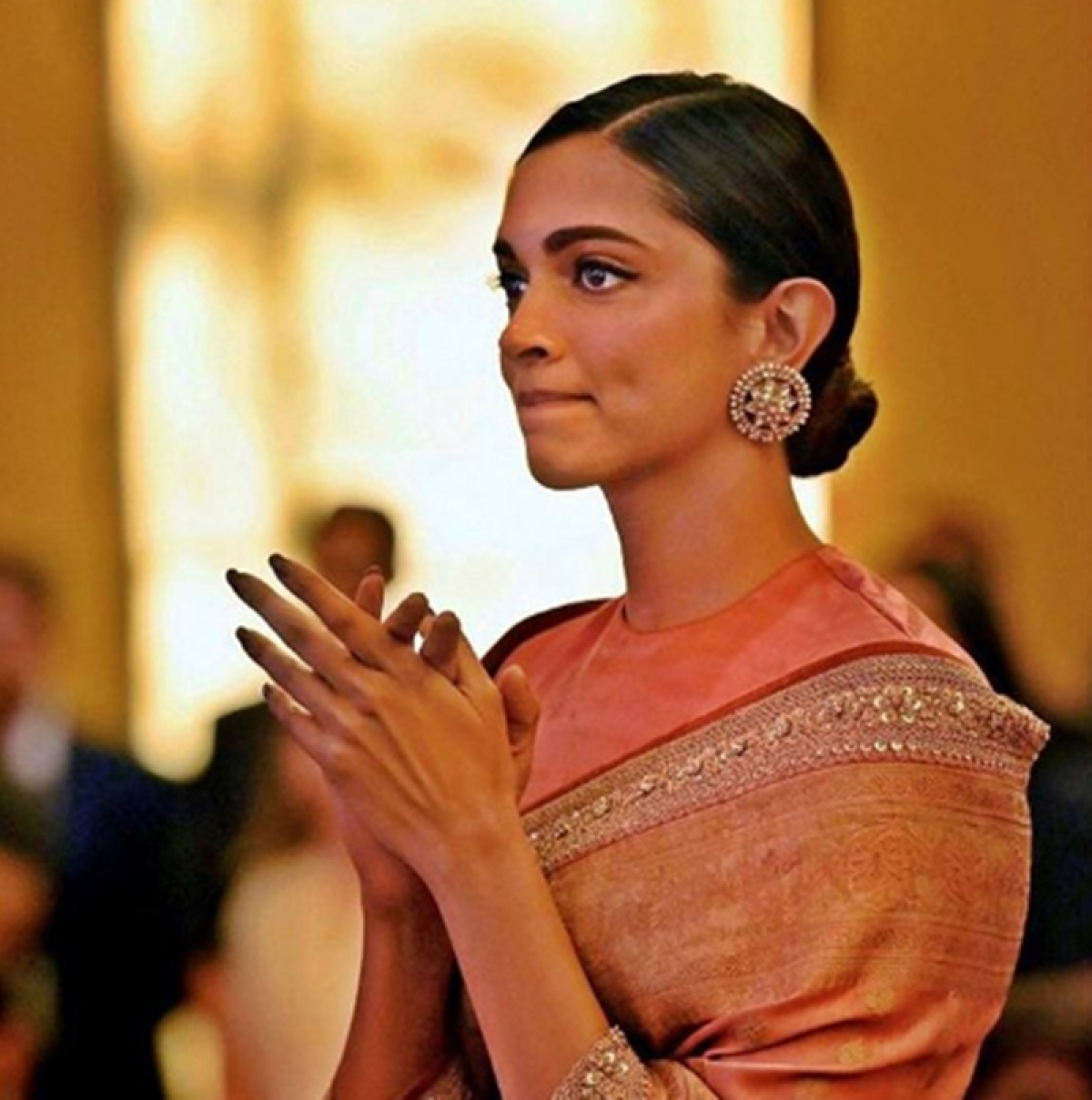 Deepika Padukone isn't sorry for being spotted while crying; read what she said