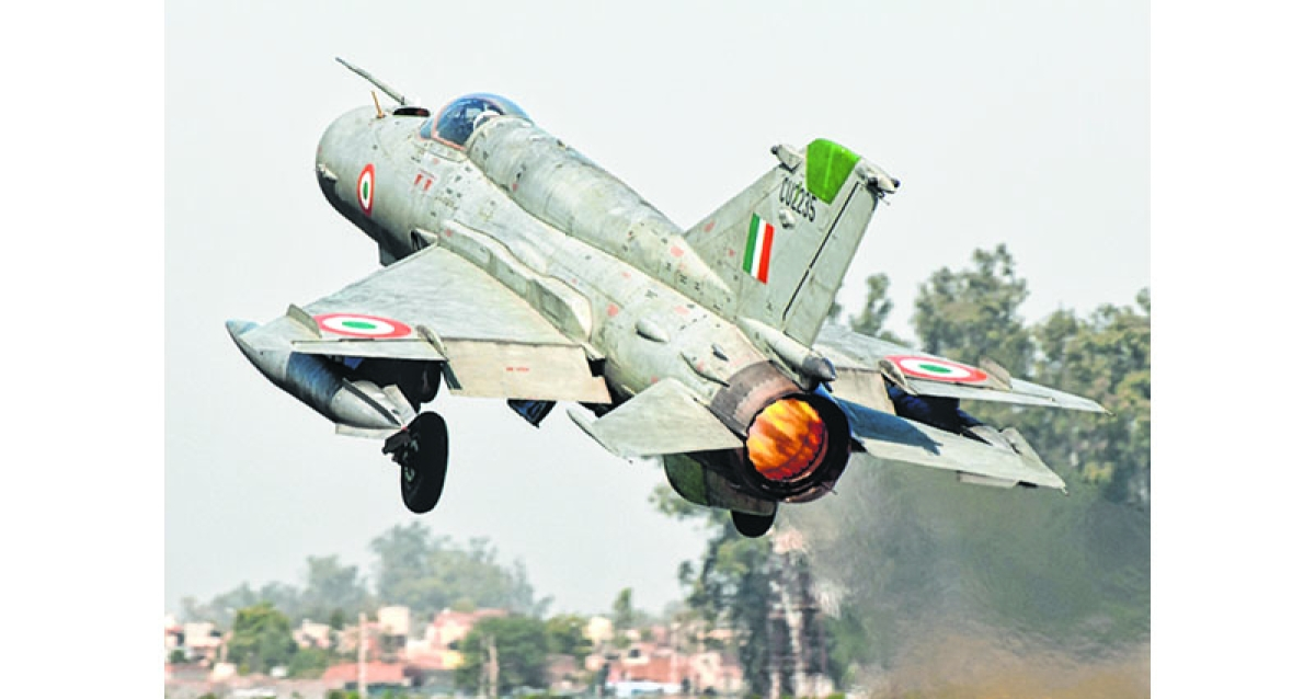 Finally, govt wakes up tos hortage of fighter jets
