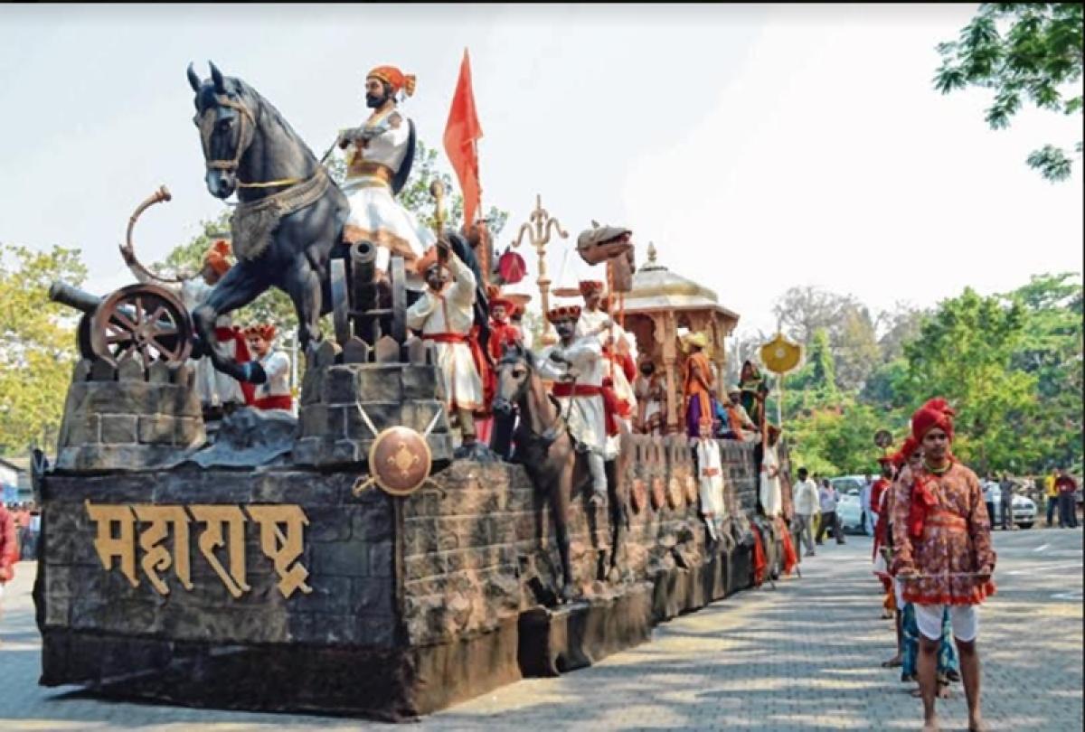 Mumbaikars celebrate the 'Marathi Bhasha Divas' with great gusto