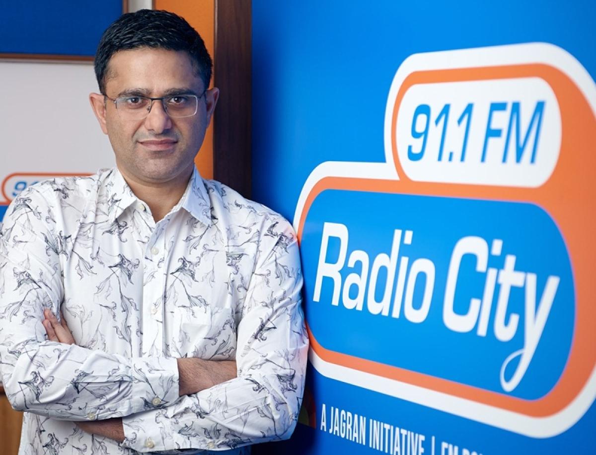 Radio City's Kartik Kalla talks about most popular Radio show 'Love Guru' and its success