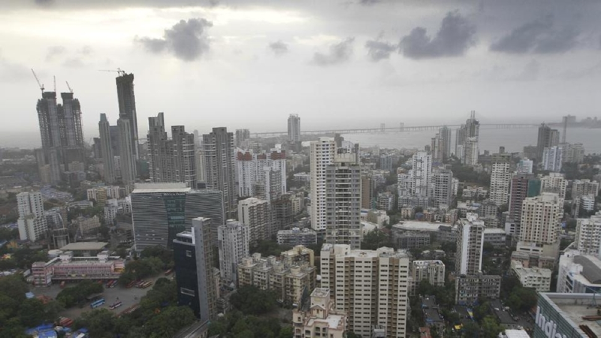 Mumbai: Indian Railways to open up redevelopment plan of residential colonies across city