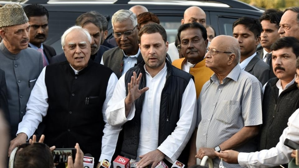 Opposition MPs meet President Ram Nath Kovind, ask for SIT into Justice Loya's death