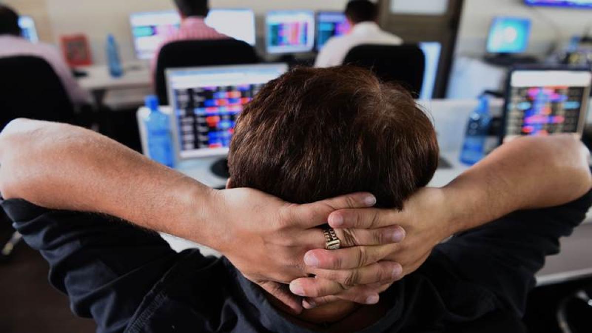 Closing bell: Sensex falls by 561.22 pts, Nifty ends below 10,500