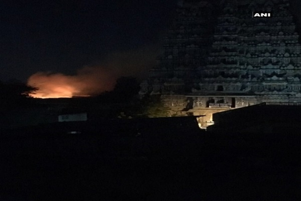 Tamil Nadu: Major fire breaks out in Madurai's Meenakshi temple, many shops gutted