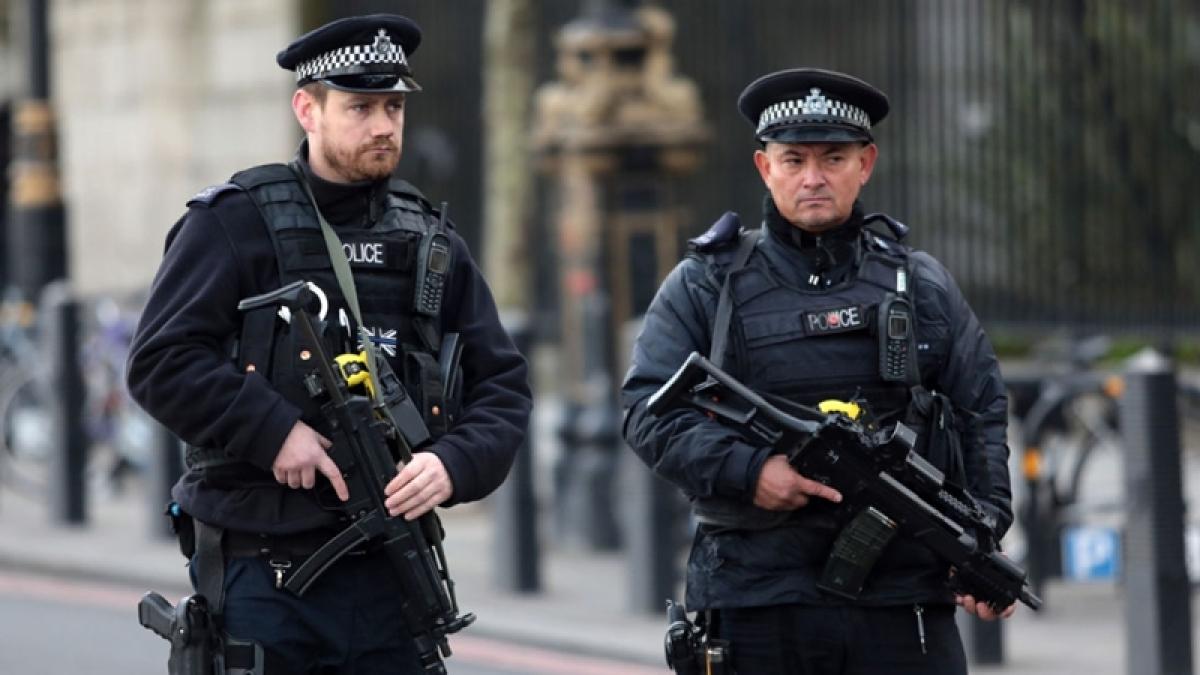 UK police arrest 6 men for murder of Indian-origin jeweller