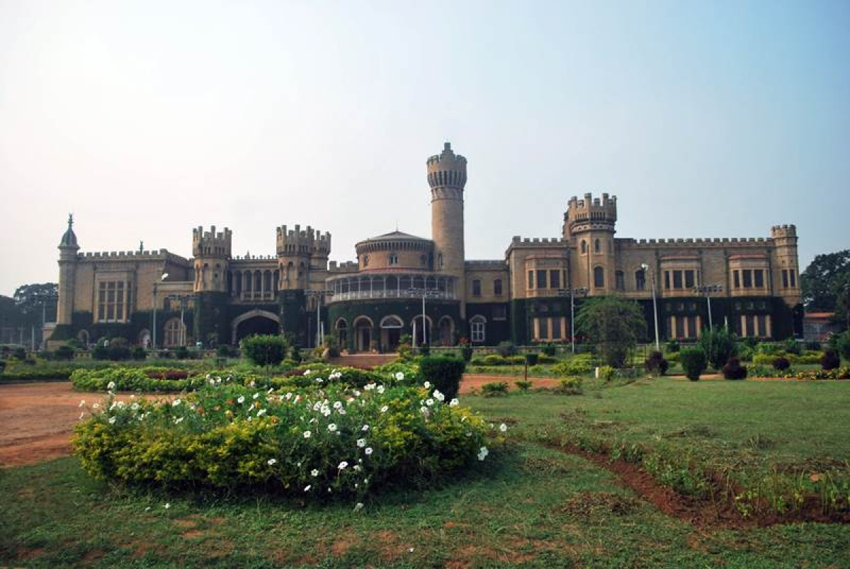 A grand view of the Bangalore Palace