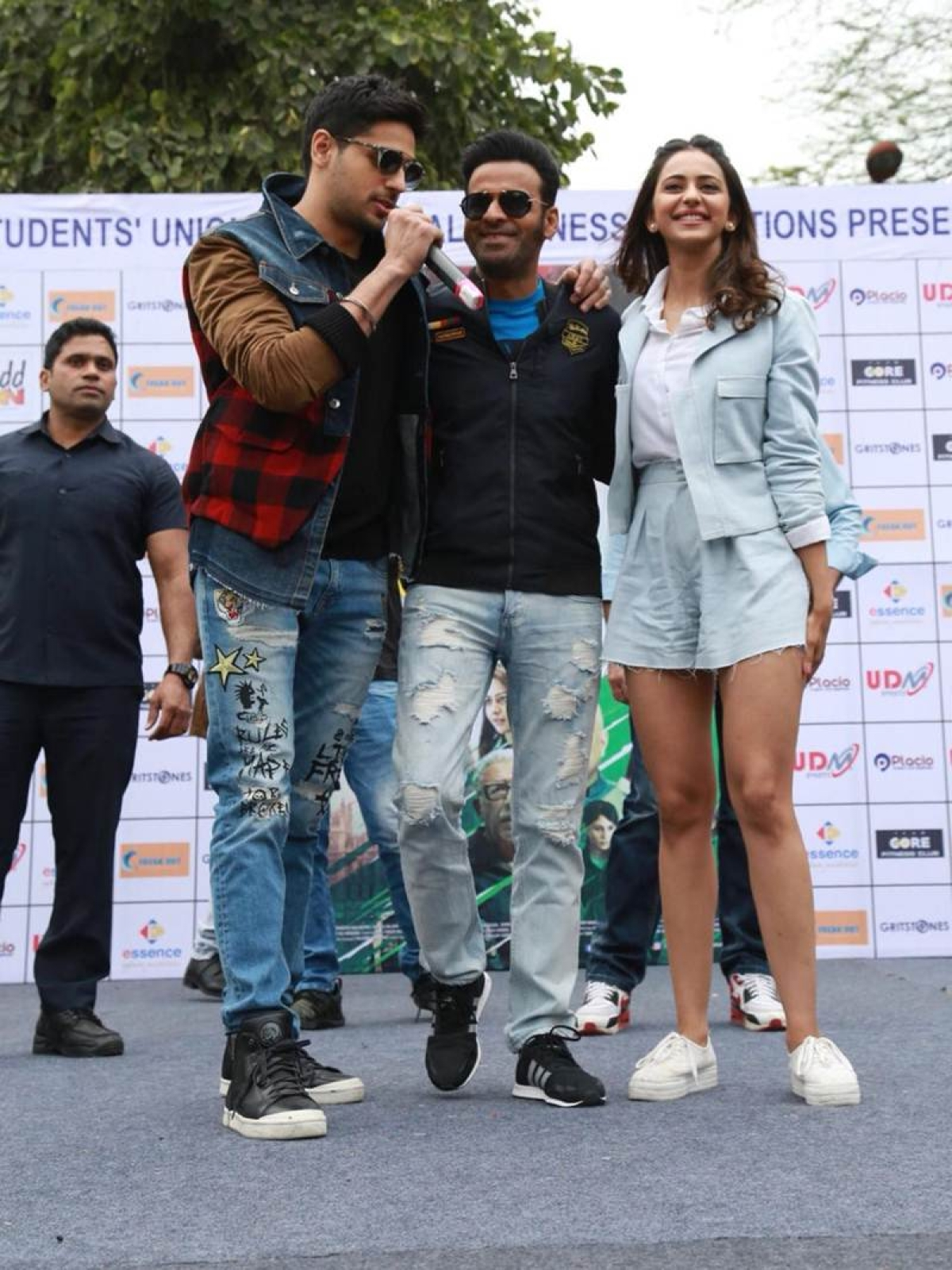 In pics: Team Aiyaary had a gala time at Delhi University's SRCC college