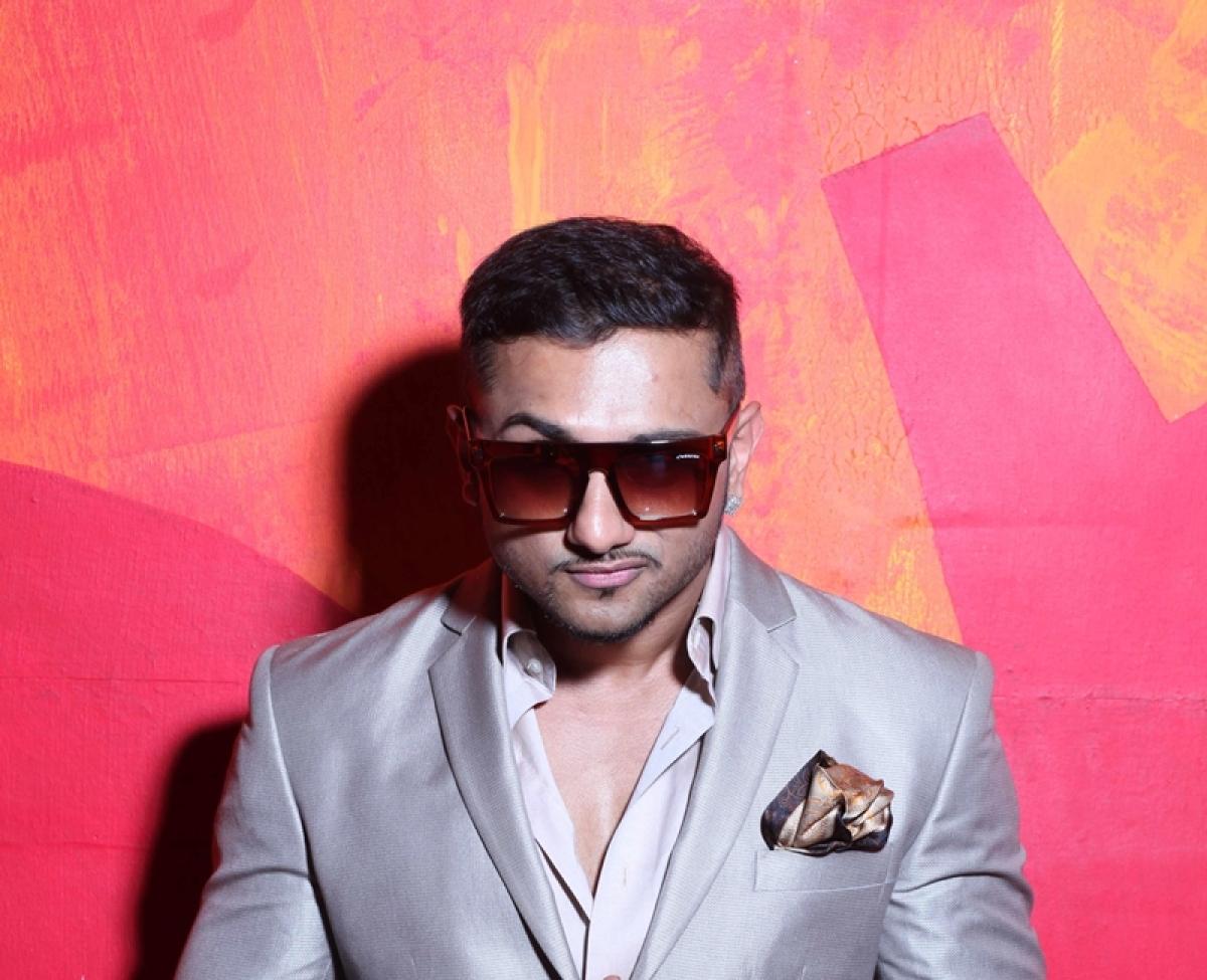 Yo Yo Honey Singh steals hearts with his comeback!