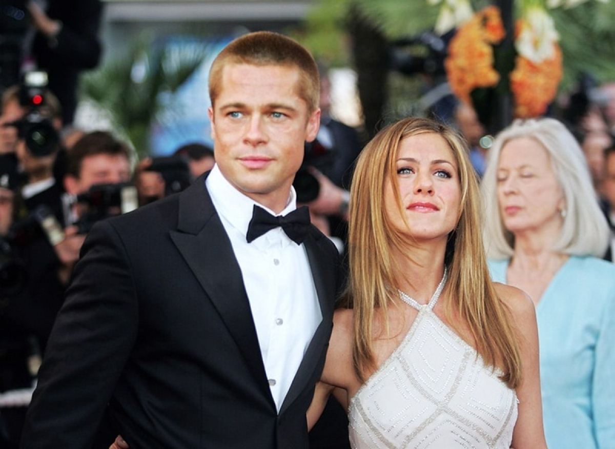 Twitterati convinced Jennifer Aniston getting back with ex-Brad Pitt