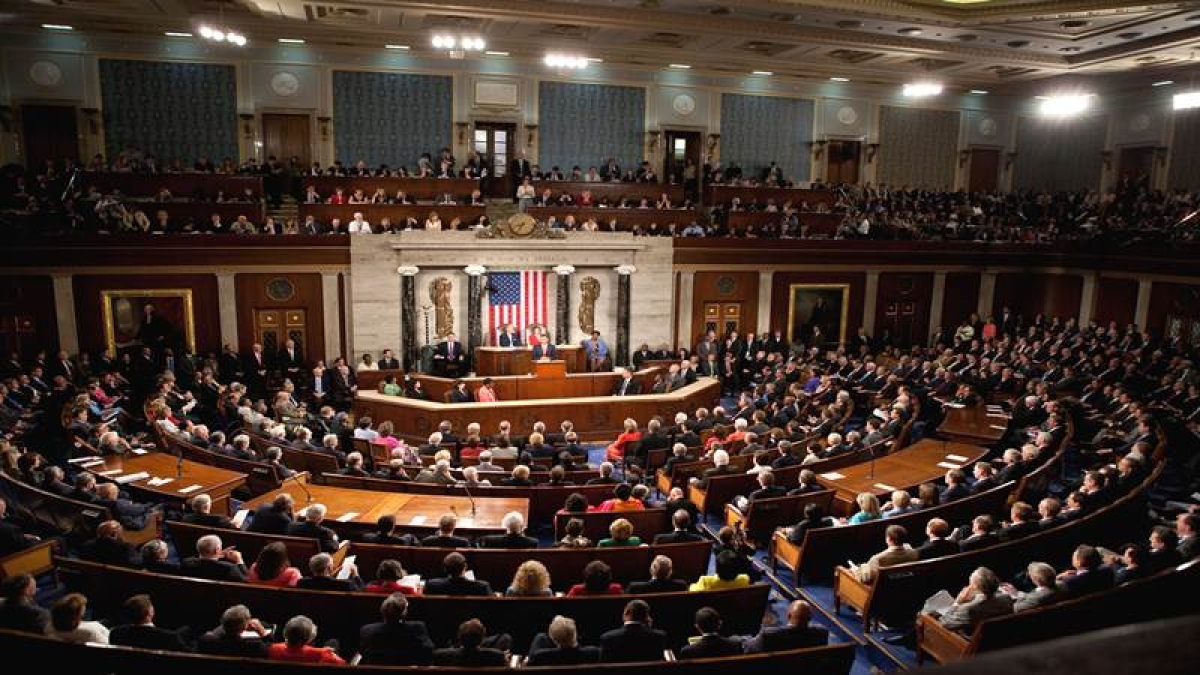 US Congress gridlocked as budget, immigration deadlines loom