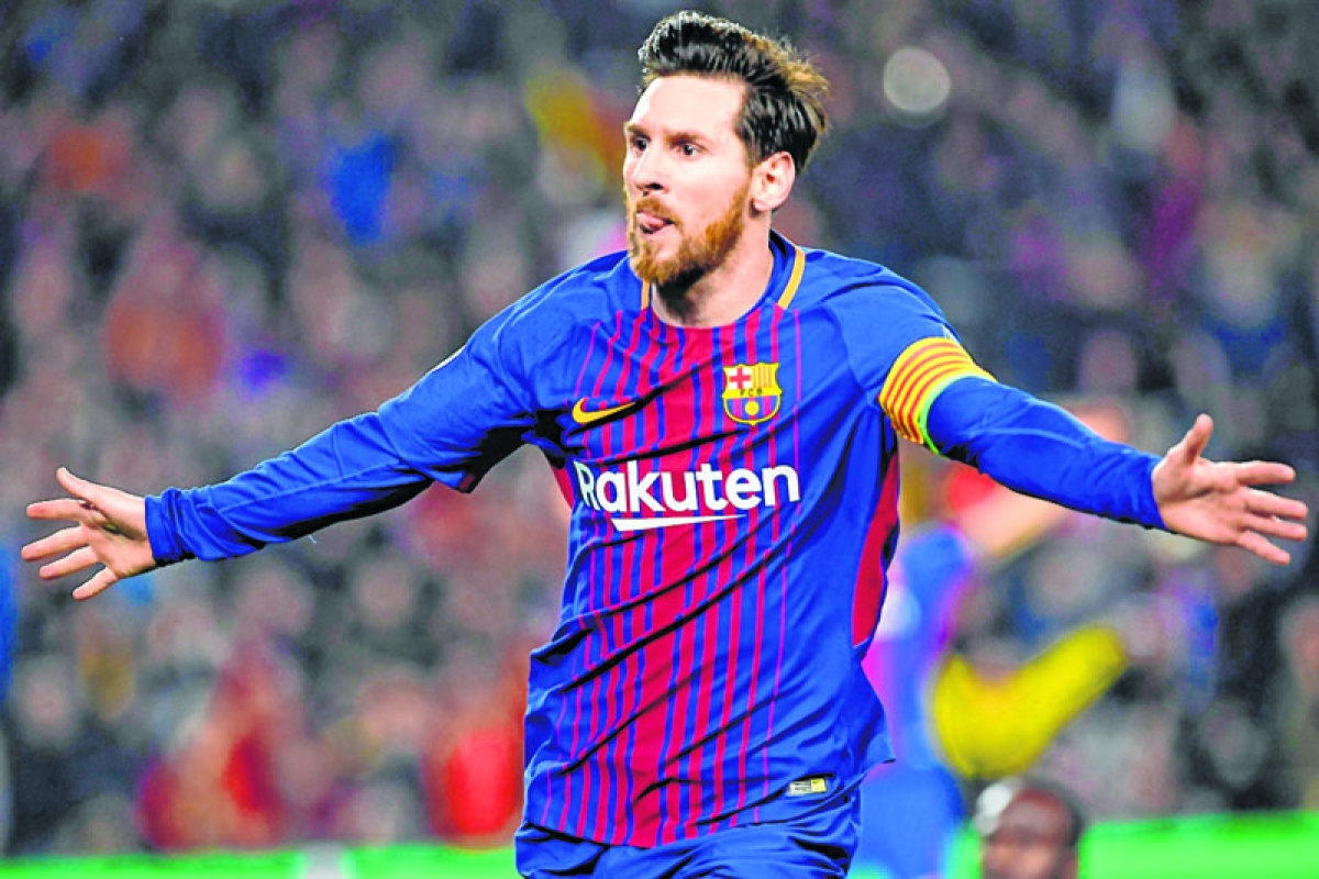 Magical Lionel Messi outshines Dembele