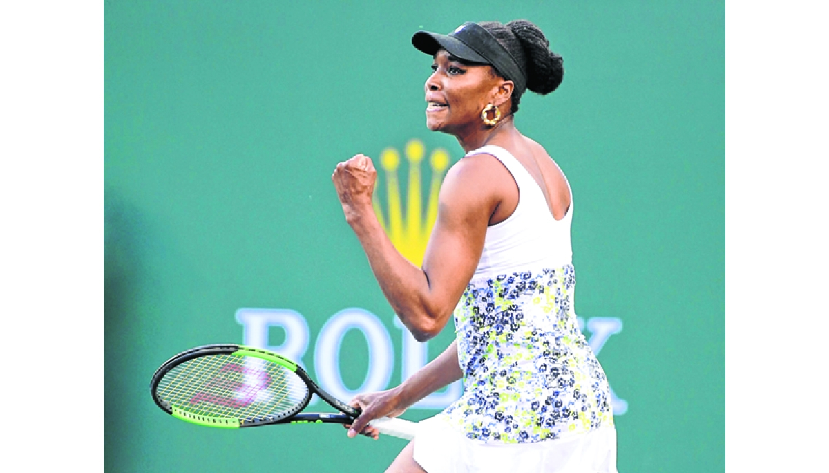 Miami Open: Venus Williams rallies to advance