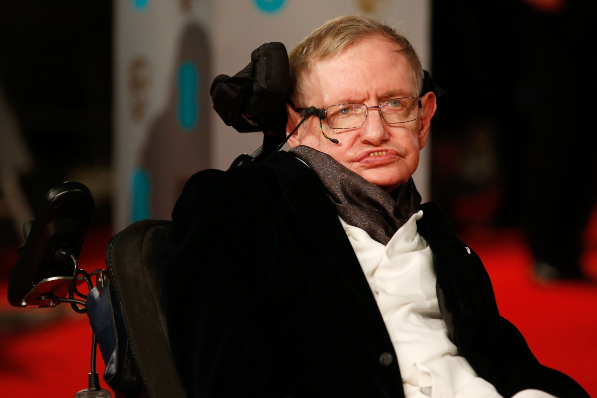 Thousands of people expected at Stephen Hawking's funeral
