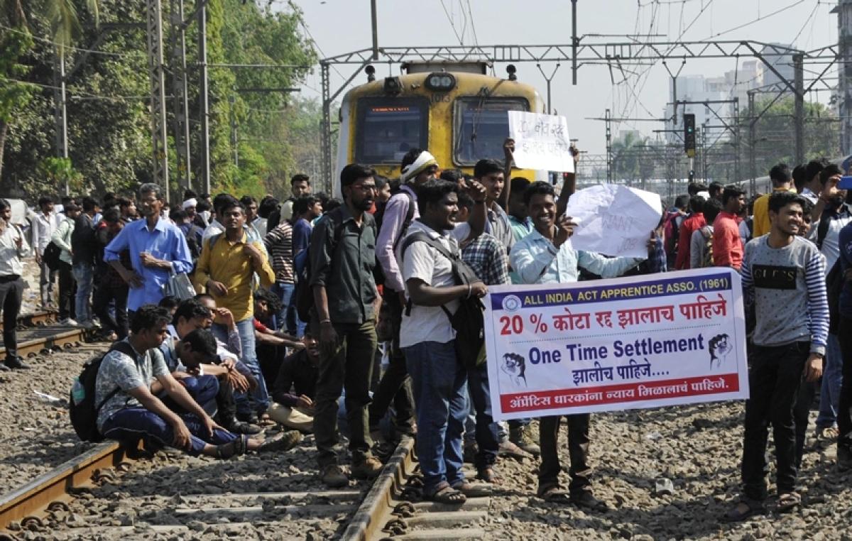 Mumbai Rail Roko: Yet another strike, catches authorities napping