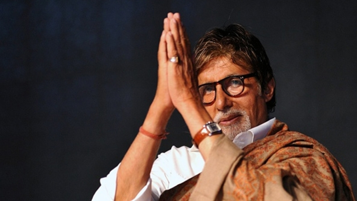 Big B backs Metro; also suggested that metro is the solution to pollution