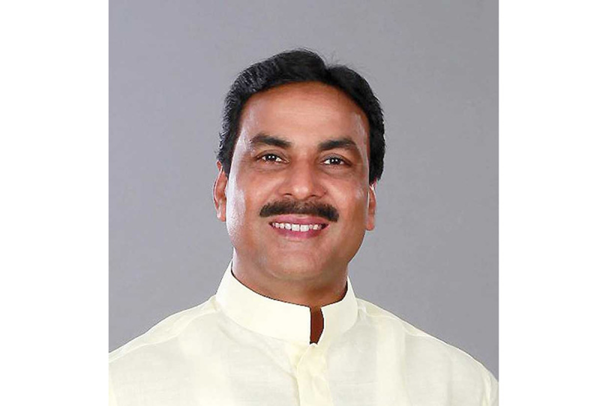 Mumbai: Congress MLA Arif Khan alleges step-motherly norms in old buildings' FSI