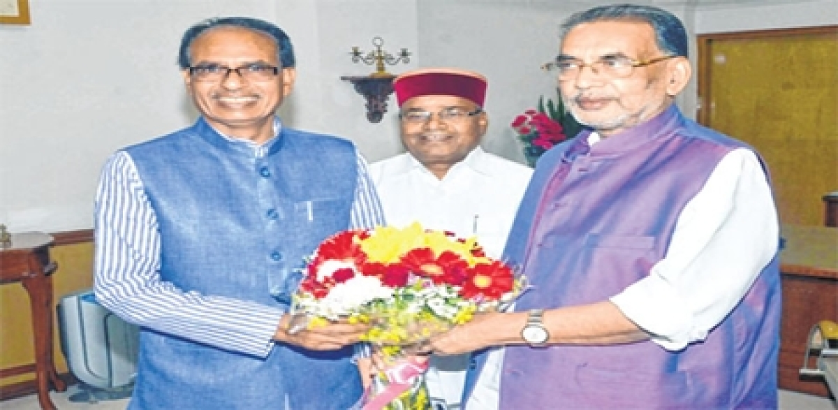 Bhopal: CM Shivraj Singh Chouhan meets agriculture minister, seeks relief in MSP