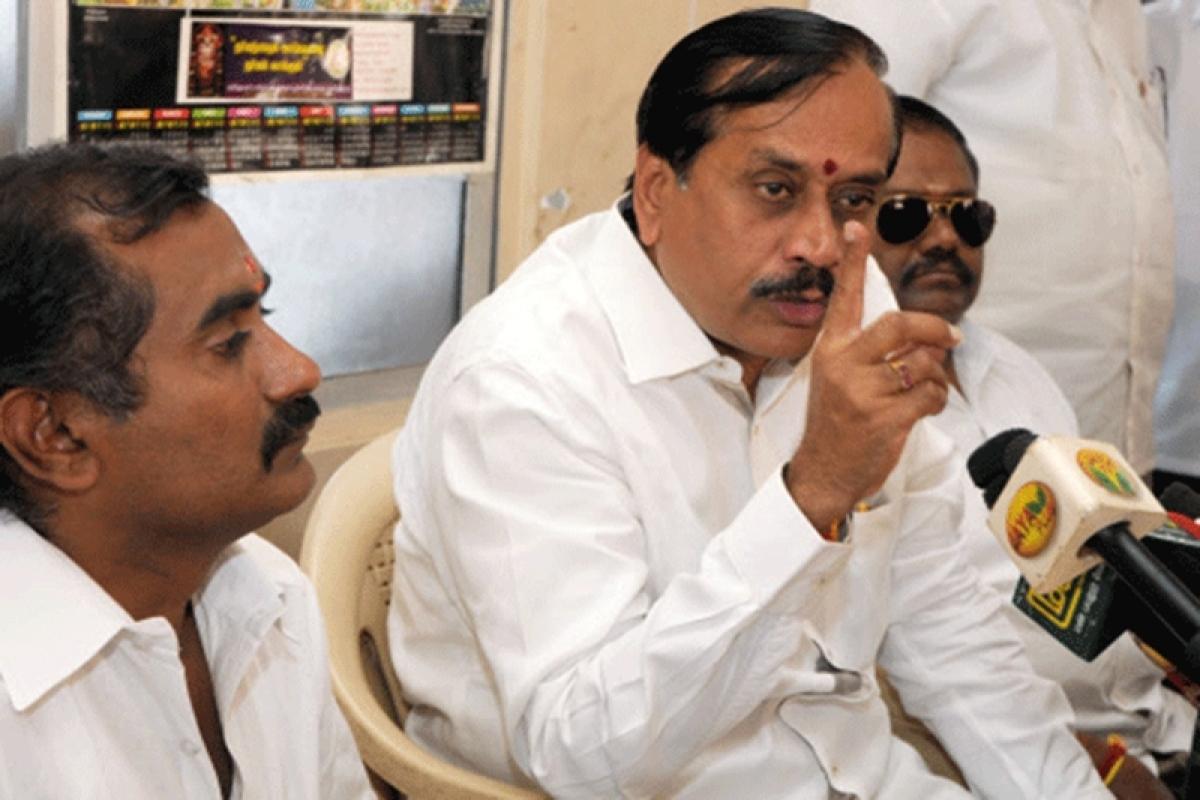 Tamil Nadu: H Raja regrets his Facebook post on Periyar's statue, after petrol bomb hurled at BJP office