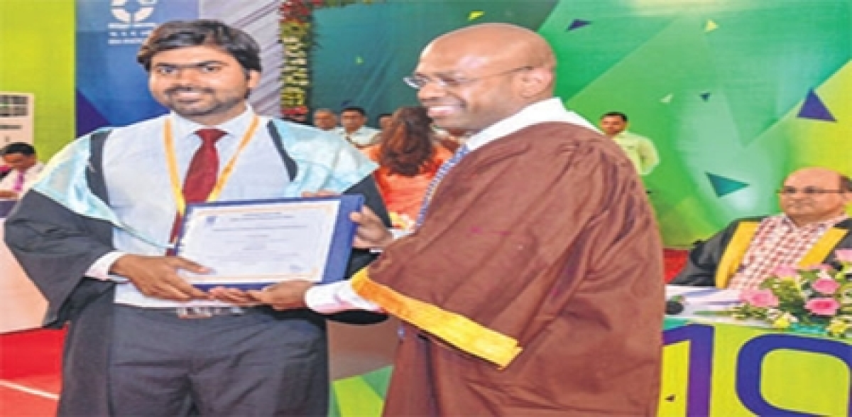 Indore: Finally, IIM-I confers degrees on PGP, IPM students