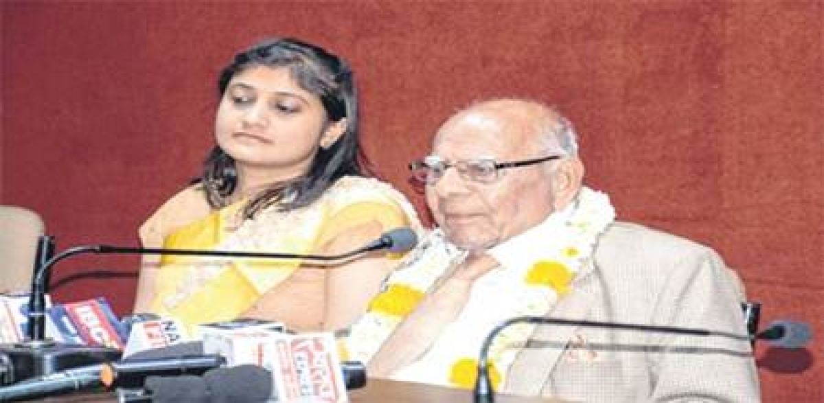 Indore: Won't die until Modi is out of country, Jaitely behind bars says Ram Jethmalani