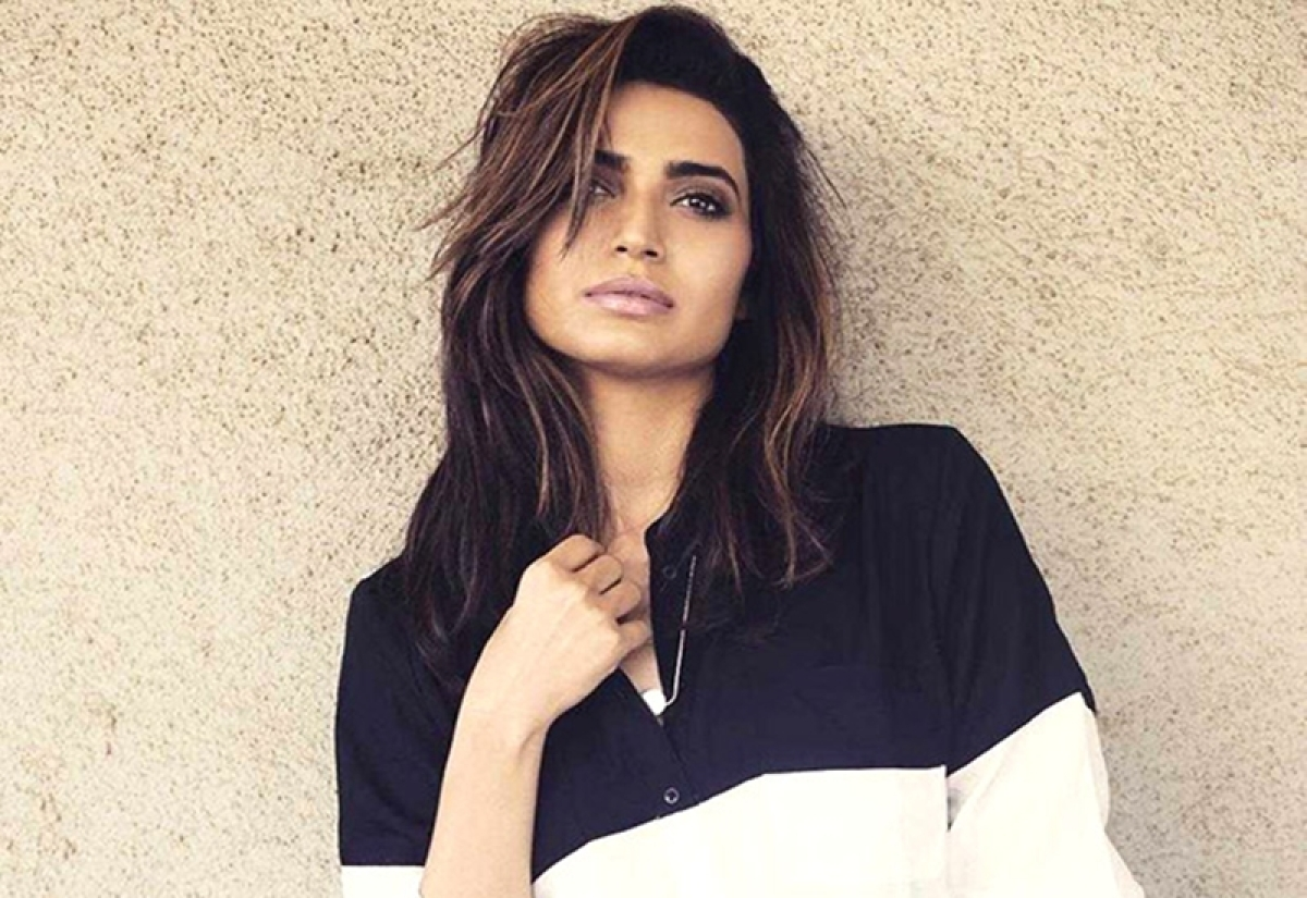 Shocking! TV actress Karishma Tanna slapped with legal notice; find out why