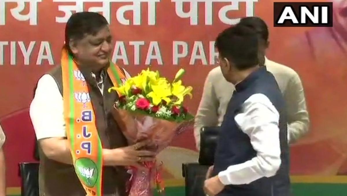 After being denied of Rajya Sabha ticket, senior Samajwadi Party leader Naresh Agrawal joins BJP