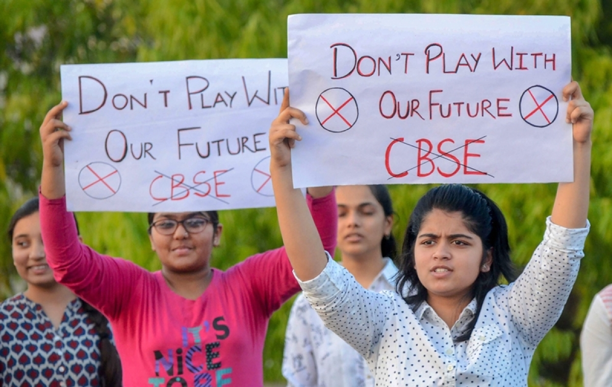CBSE paper leak: Distressed students protest, government forgets these are potential voters of 2019 elections