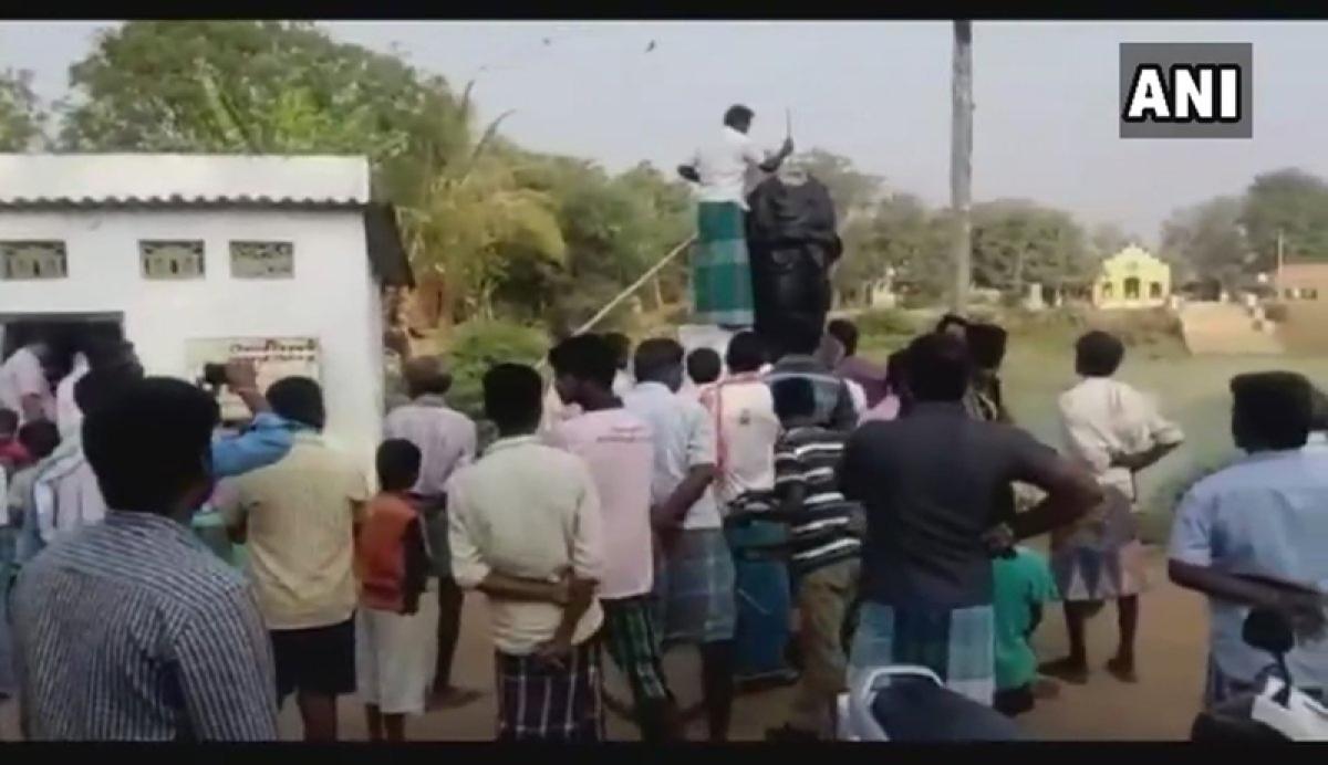Statue vandalism continues: Periyar statue vandalised in Tamil Nadu; Rahul Gandhi, M K Stalin, Rajinikanth condemn