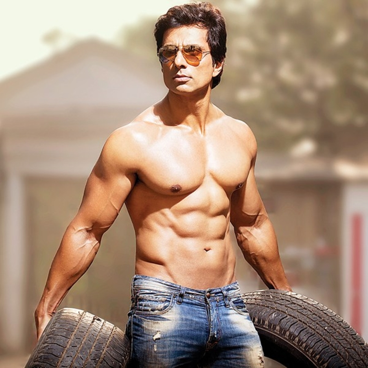 Sonu Sood takes up lessons to match Ranveer Singh's Marathi catchphrases in 'Simmba'