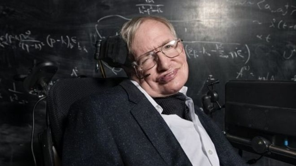 Stephen Hawking passes away: Tributes pour in for Twitter for 'outstanding scientist'