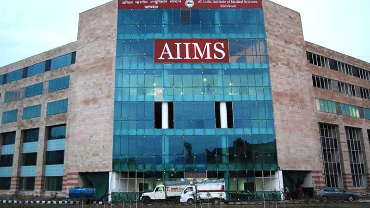 AIIMS Bhopal: Meeting on grants for quality treatment, research, held