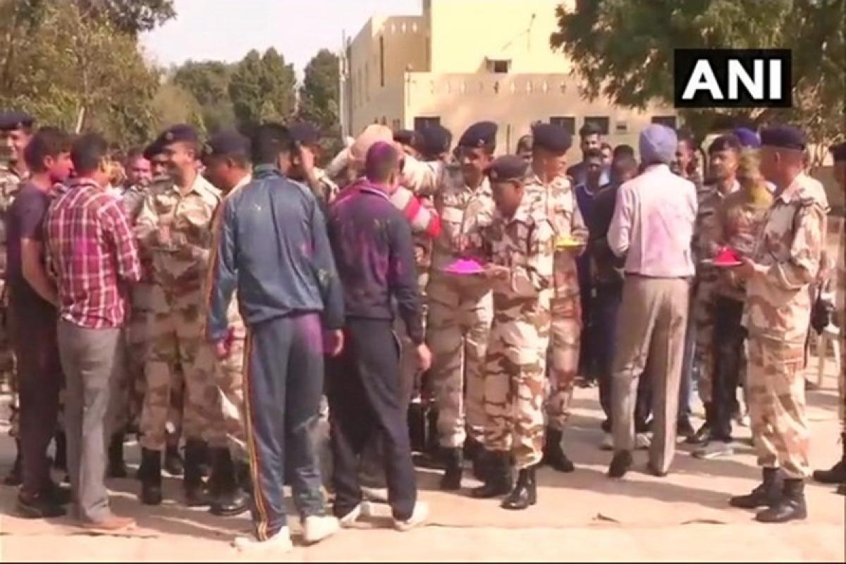Soldiers celebrate Holi in Jammu & Kashmir and Baddowal